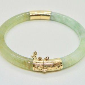 c0b30470512 Jewelry - Vintage 14 K Yellow Gold Jade Bracelet 7